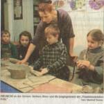 Kinder beim Basteln in der Traumkunststation